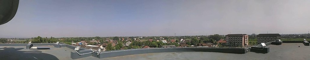 atap masjid kampus 4 UAD arah Barat
